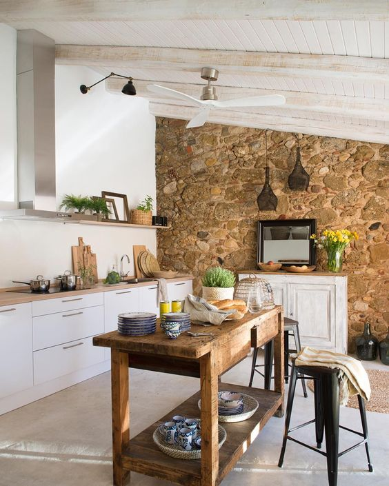 claves-cocina-pared-piedra-vista-12