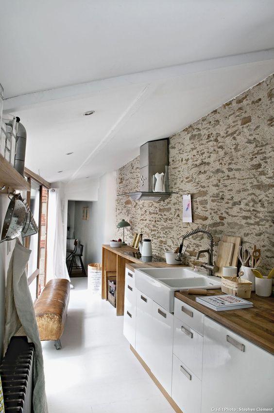claves-cocina-pared-piedra-vista-13