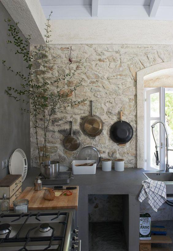 claves-cocina-pared-piedra-vista-08