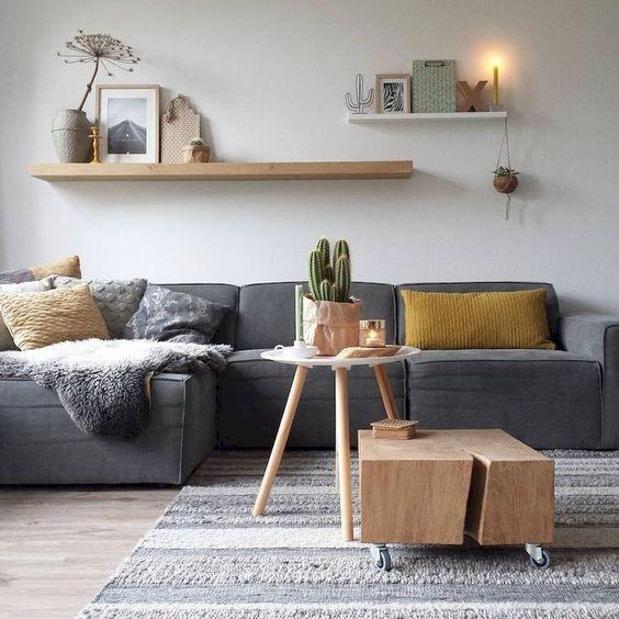 decoración pared sofá